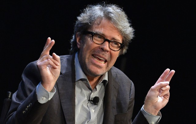 I love this picture of Franzen because it makes him look like an asshole