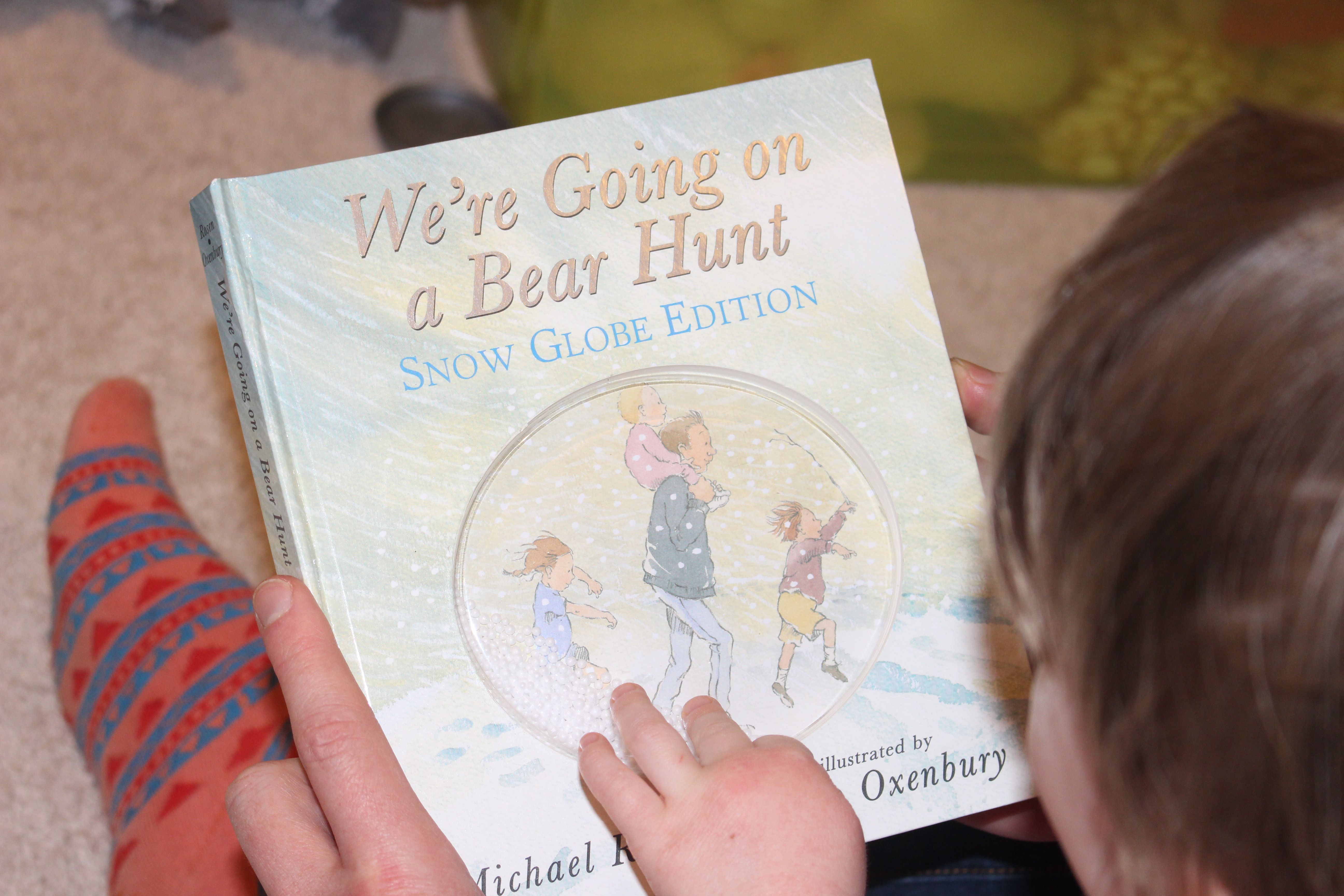 Ivereadthis Jr. Edition: We're Going on a Bear Hunt by Michael Rosen, Illustrated by Helen Oxenbury